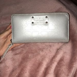 Silver spade dotted pattern shiny Wallet